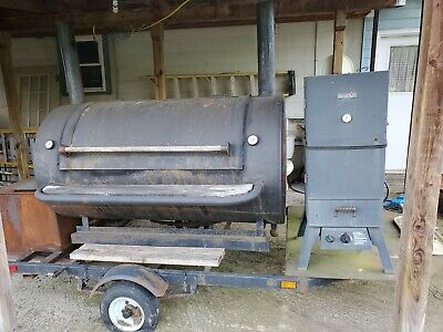 BBQ Smoker On Trailer Pig Roasts Chicken Bbqs Local Pick Up
