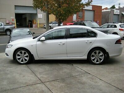 2010 Ford Falcon G6 LIMITED 94,000 KLMS ONE OWNER BOOKS RWC REG 7/19 A1