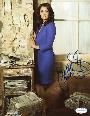 """Bellamy Young """"Scandal"""" AUTOGRAPH Signed 8x10 Photo B ACOA"""