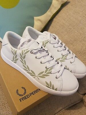 a941041a46703 FRED PERRY LOTTIE Womens White Leather Trainers - wreath new size 6