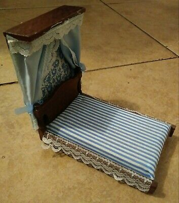 Vintage Concord Doll House Mini Curtain Bed Chadwick Miller! RARE! Great Cond!