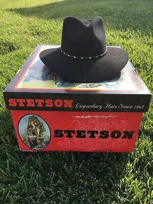 63819120 stetson The Gun Club Black hat, small used but in excellent condition(6-