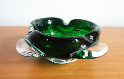 """Green Art Glass Ashtray Bowl Round Clear Lobes 4 5/8"""" Polished Base No Label"""