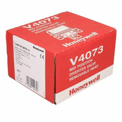 NEXT DAY DELIVERY 22mm Honeywell V4073A 1039 3 Port Mid-Position  Valve