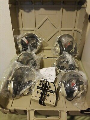 Califone 1218AV-PY listening Center w/ 6 2924AV-P Headphones & Case