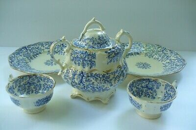 Antique Blue & White Set With Gild - Unmarked - Early Minton (?)