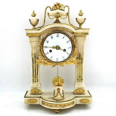 Antique Louis XVI Pendulum mantel Clock ormolu in Bronze and Marble - 18th