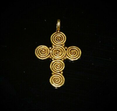 Ancient Roman Spiral Design Gold Cross With Filigree, c. 3rd Century A.D.
