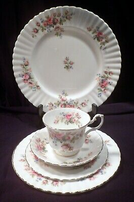 Five-Piece Place Setting Marked Royal Albert Bone China, England, Moss Rose
