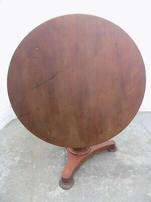 victorian,antique,mahogany,round,tilt top,table,dining table,round table,tri pod