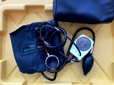 welch allyn sphygmomanometer ONLY USED Few Times!