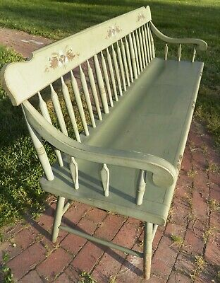 Primitive Deacons Settee Wide plank seat Windsor Bench Hall seat Arrow back