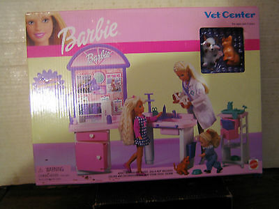 1 Collectable 2001 Barbie Pet Center By Mattel