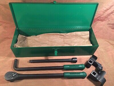Used Excellent  Condition Greenlee 796 Ratchet Cable Bender Kit Set