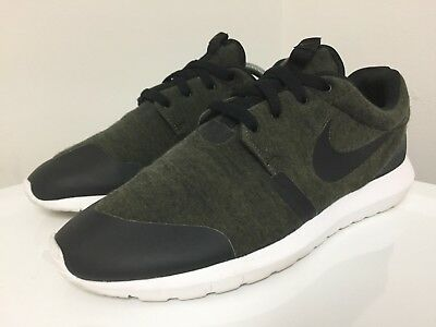 reputable site 88136 86eb5 Nike Roshe Run NM TP Men's Size 9.5 US Cargo Khaki Green Tech Fleece One