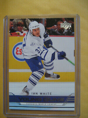2006-07 06-07 UD Upper Deck Young Guns SP Ian White RC Rookie #246
