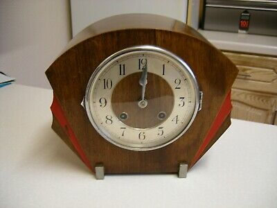 1933 Art Deco Oak Veneered English Mantle Clock - For Restoration (2083)
