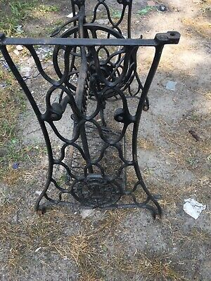 Treadle Sewing Machine, Cast Iron Base, Industrial Age, Singer Steampunk DIY