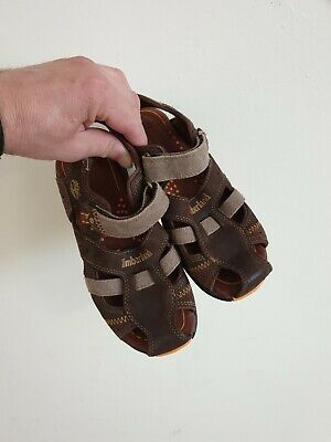 Very nice boys Timberland sandals. Size 35/2.5 UK. Great condition.