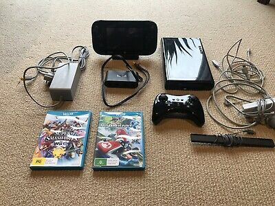 PAL Wii U Console + Pro Controller + Gamecube Adapter + 2 games