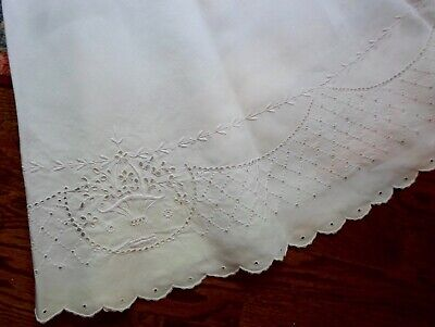 Large, Beautiful, Vintage, Round, Embroidered/Cut Work Tablecloth
