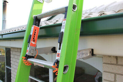 The Lacket Ladder Bracket with Stabiliser Bar - Fits Most Ladders,Quick,Secure