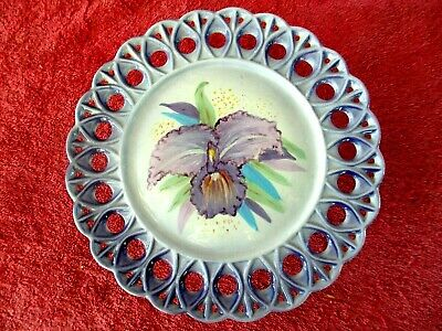 BEAUTIFUL  HAND  PAINTED  ORCHID  ON CERAMIC  CAKE  STAND    24cm.