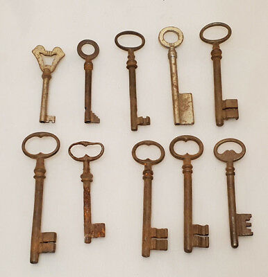 Set of 10 Old Keys Door Lock Boot other in Metal