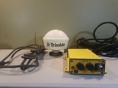 Trimble AGgps 332 with antenna 33580-00 and wiring good condition