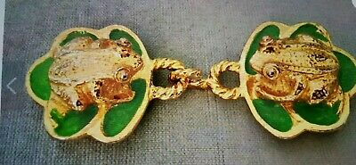 Vintage 1974 Mimi Di N Gold Tone Kissing Frogs On Enameled Lilly Pad Belt Buckle