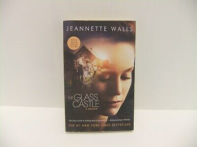 The Glass Castle: A Memoir by Jeannette Walls - Paperback