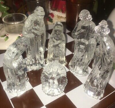 Roman innovation Imported Antique crystal clear 6 Piece glass nativity scene