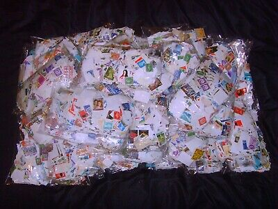 Bag GB Stamps between 1,900 & 2,400 weight between 160gms &190gms random select