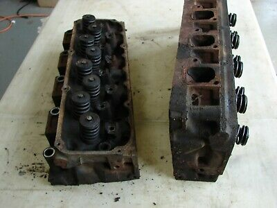 Pair Of Ford 1970 1971 351 Cleveland 4V Closed Chamber Cylinder Heads D1Ae  Ga