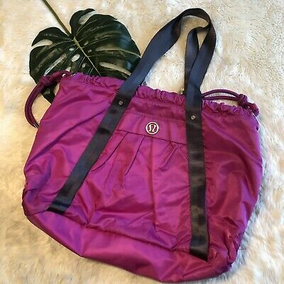908f86f07d FLAWS Lululemon Effortless Tote Duffel Yoga Gym Dewberry Purple Large  Travel Bag