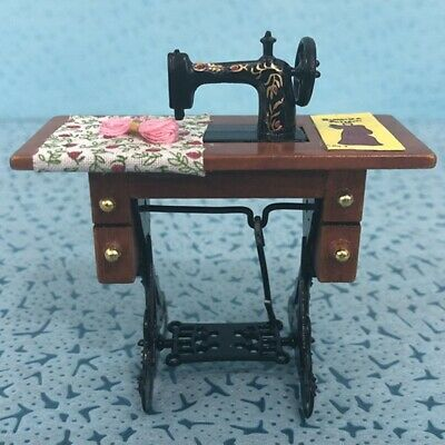 Vintage Miniature Sewing Machine 1/12 Dollhouse Furniture Room Decor Toys Gift