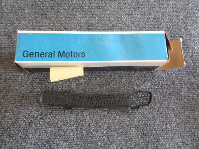 84 85 86 87 88 89 Trans Am Formula Firebird Oem Gm Fender Vent Screen Nos