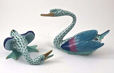 Herend PAIR OF GEESE Birds Green Fishnet EXCELLENT PIECES!!!