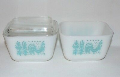 VINTAGE 2 - AMISH BUTTERPRINT REFRIGERATOR BOWLs 1.5 cup 501 B, and 1 LID  #501C