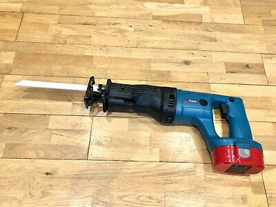Makita Reciprocating Saw 18V JR180D with Brand New 3.0Ah Replacement Battery