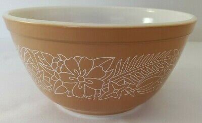 Vintage Pyrex Woodland Brown Floral Nesting Mixing Bowl 402 1.5 Quart 7""