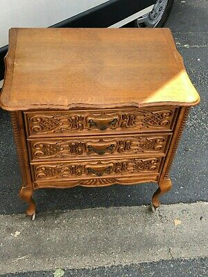 Divine Vintage French Louis XV Ornate Carved Oak Chest of Drawers Bedside 3