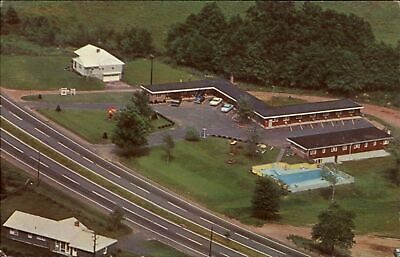 Dunns Motel ~ Enfield Connecticut CT ~ mailed 1962 ~ vintage postcard