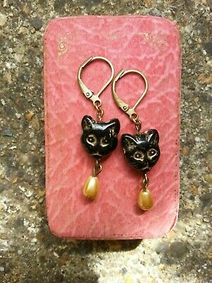 Vintage black cat face beads EARRINGS with cream gold faux pearl drops LEVERBACK