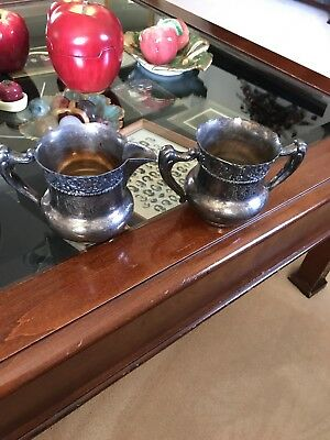 Antique MERIDEN B.CO Silverplate RARE PATTERN Open Sugar & Creamer