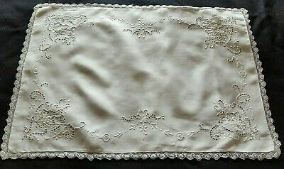 Sublime Vintage Irish Linen Pillow Case Point de Venise Lace Raised Embroidery