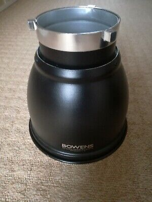 """Bowens 60 degree Reflector S Fit 7"""""""