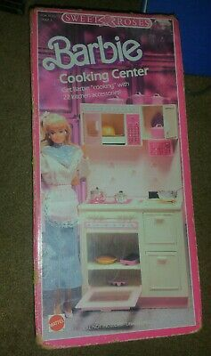 VINTAGE BARBIE SWEET ROSES COOKING With Box & Accessories Mattel Collectibles