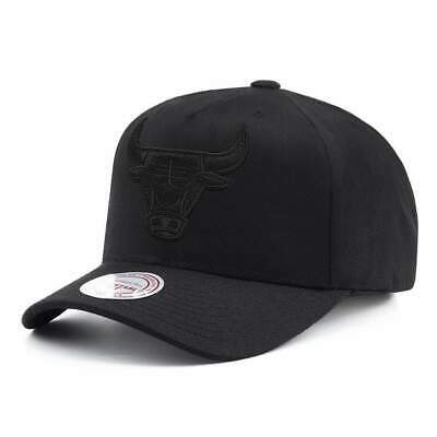 new product 15c3a d716b Chicago Bulls Mitchell   Ness NBA All Black 110 Curve Snapback Hat