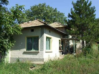 Cheap Pay Monthly Bungalow With Outbuildings In Sadina  Targovishte Bulgaria